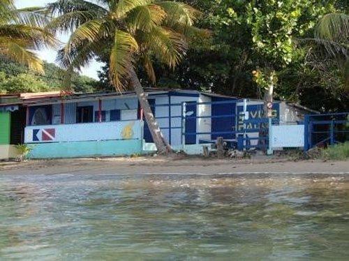 photo Ce centre de Guadeloupe vous promet une plongée spectaculaires à ...