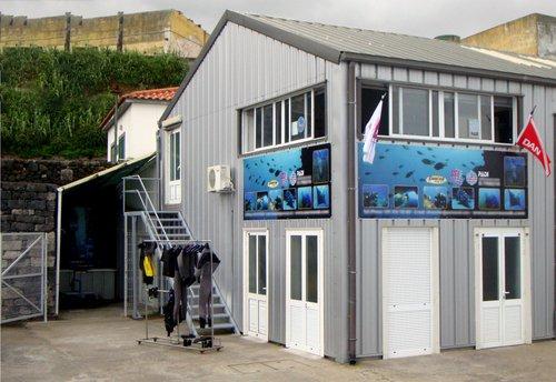 photo Sur la côte Sud de Sao Miguel dans les Açores, ...